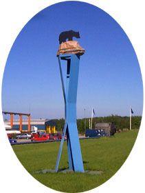 skulptur-foran-adm-bygg-jpg